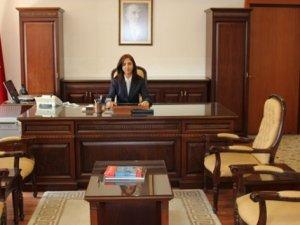 İşte Cumhuriyet tarihinin 4. kadın valisi!