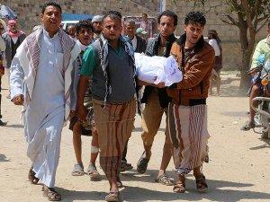 Yemen'de Husiler ateşkes dinlemedi
