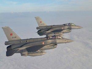 Irak'ın kuzeyine hava harekatı, 7 hedef imha edildi