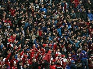 Trabzonspor Hüseyin Avni Aker'e vedaya hazırlanıyor