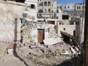 Nevşehir'de Suriyelilerin kaldığı ev çöktü: 10 yaralı