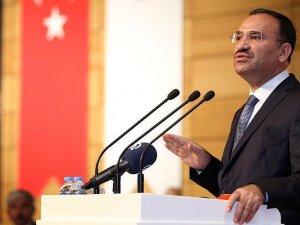 Adalet Bakanı Bozdağ: İki yüzlü siyasetin göstergesidir