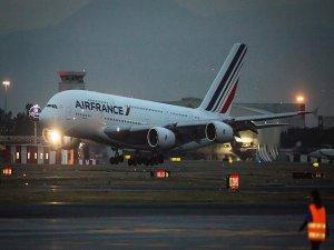 Fransa'daki greve Air France pilotları da katıldı