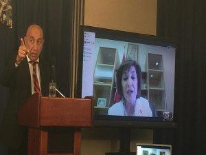 Esed'in danışmanından Washington'da rejim propagandası