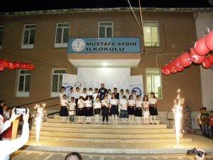 Mustafa Aydın İlkokulu'nda mezuniyet coşkusu