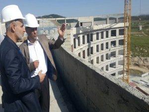 Başkan Özaltun, hastane inşaatında incelemede bulundu