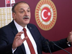 Oktay Vural, MHP Grup Başkanvekilliğinden istifa etti