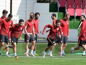 Galatasaray Futbol Takımı, Uhrencup'a katılacak