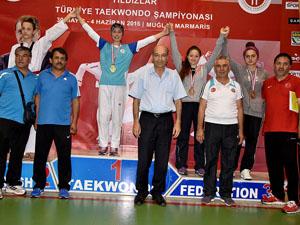 Selçuklu Belediyespor tekvandocusu İrem Baysal Türkiye Şampiyonu
