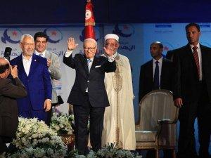 Nahda'dan ulusal birlik hükümeti önerisine destek