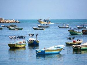 İsrail, Gazze'de avlanma menzilini genişletti