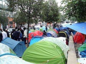 Paris'te sığınmacı kampında tüberküloz alarmı
