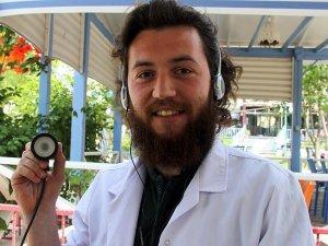 İşitme engelli doktor adayına 'özel steteskop'
