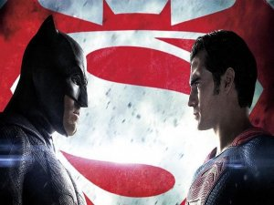 'Batman v Superman' THY uçaklarında izlenebiliyor