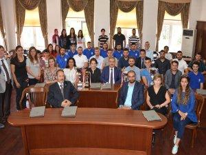 Rektör Prof. Dr. Şahin şampiyonlarla buluştu
