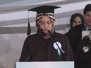 Büşra'nın mezuniyet konuşması ağlattı