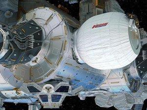 Astronotlar şişirilebilir yaşam kapsülüne girdiler