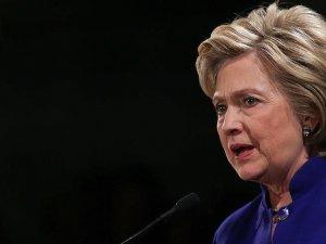 Hillary Clinton: Trump ekonomiyi resesyona sürükler
