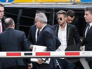 Neymar ve babası yargı yolunda!