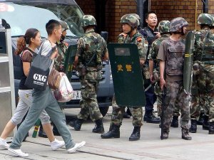 Çin zulmü! Seyahat etmek isteyen Uygurlara...