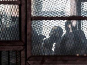 Mısır'da 22 kişiye müebbet hapis cezası