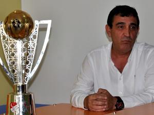 """Elmastaş: """"Bursaspor'dan futbolcu kiralayabiliriz"""""""