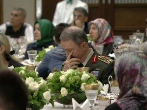 Erdoğan'ın konuşması Akar'ı duygulandırdı