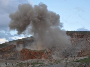Muş'ta ele geçirilen 1 ton patlayıcı imha edildi
