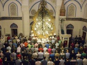 Konya'da kaç camide hatimle teravih kılınıyor?
