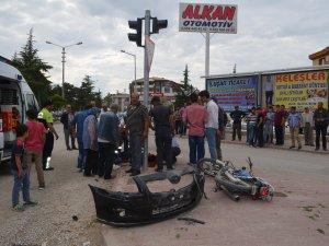 Ilgın'da otomobille motosiklet çarpıştı: 2 yaralı