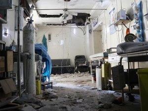 'Halep'te 3 saatte 3 hastane vuruldu'