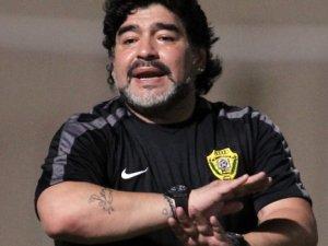 Pele ve Maradona Paris'te antrenör oldu!