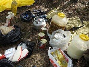 Teröristler İzmir'de varille toprağa yaşam malzemesi gömmüş