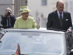 İngiltere'de Kraliçe'nin 90. doğum günü kutlanıyor
