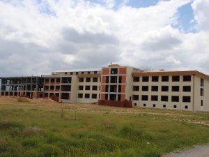 """Sarayönü """"İmam Hatip Külliyesi"""" inşaatı devam ediyor"""