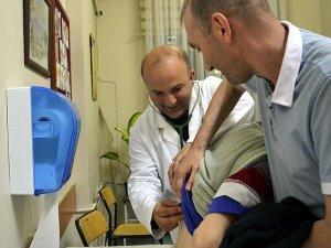 Başhekimden iftardan sonra gönüllü poliklinik hizmeti