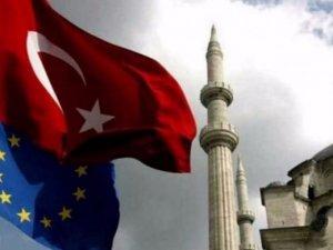 Türkiye'ye vize muafiyeti gecikiyor!