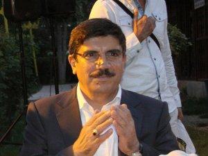 Aktay: Kürtler terör örgütünün kendilerini temsil etmediğini gösterdi