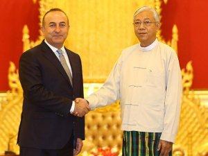 Çavuşoğlu: Myanmar'da atılan olumlu adımları destekleyeceğiz
