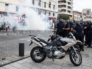 Euro 2016: French bring in measures to stem hooliganism
