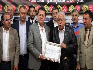 Eskişehirspor'da yeni yönetim göreve başladı