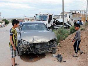 Eskişehir'de otomobil ile minibüs çarpıştı: 8 yaralı