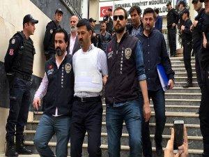 Can Dündar'a saldırıda soruşturma tamamlandı