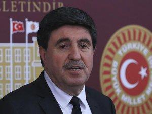 Tan: Kürt siyasetinin bir tercihte bulunması lazım