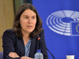 Avrupa'dan vize serbestisi için HDP şartı