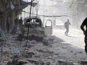 Suriye'de varil ve vakum bombalı saldırı: 28 ölü