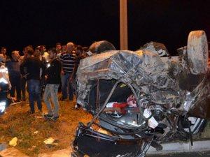Otomobil havada taklalar attı: 3 yaralı