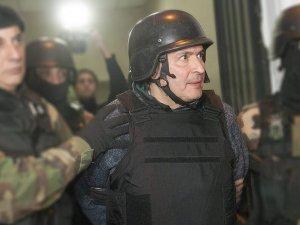 Eski bakan tutuklandı