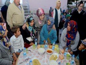 """Fatma Toru: """"Fırsat vermeyelim"""""""