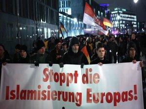 Almanya'da Müslümanlara karşı ön yargı arttı